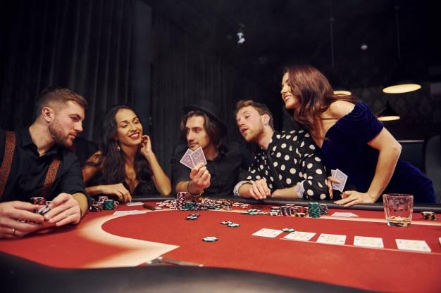Довольные игроки на ПокерОК