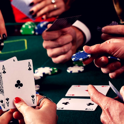 Texas Hold'em Poker Seniority - List of Hands and Rules